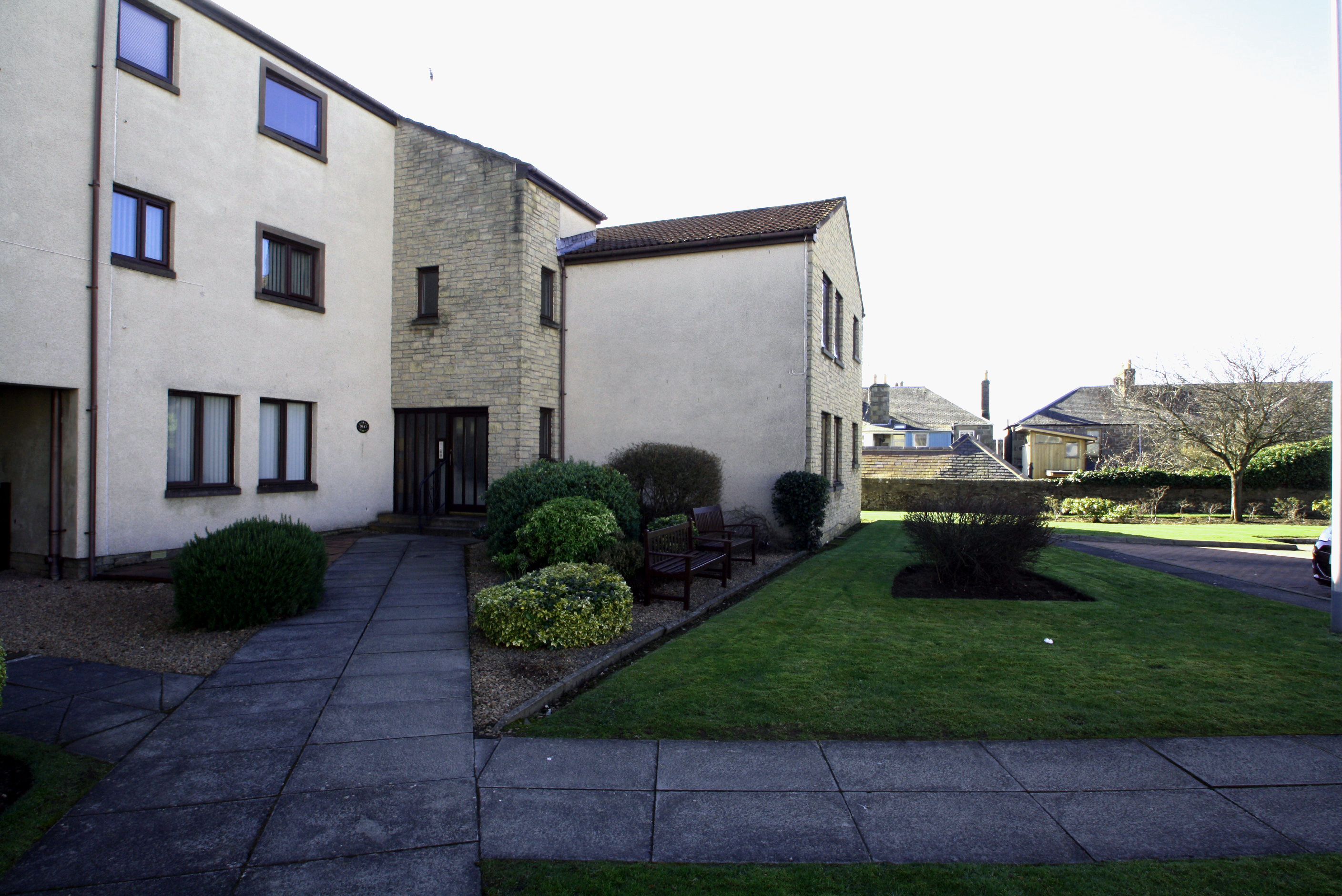 39 Cross Street, Heriot Gate, Broughty Ferry, Dundee, DD5 2DY