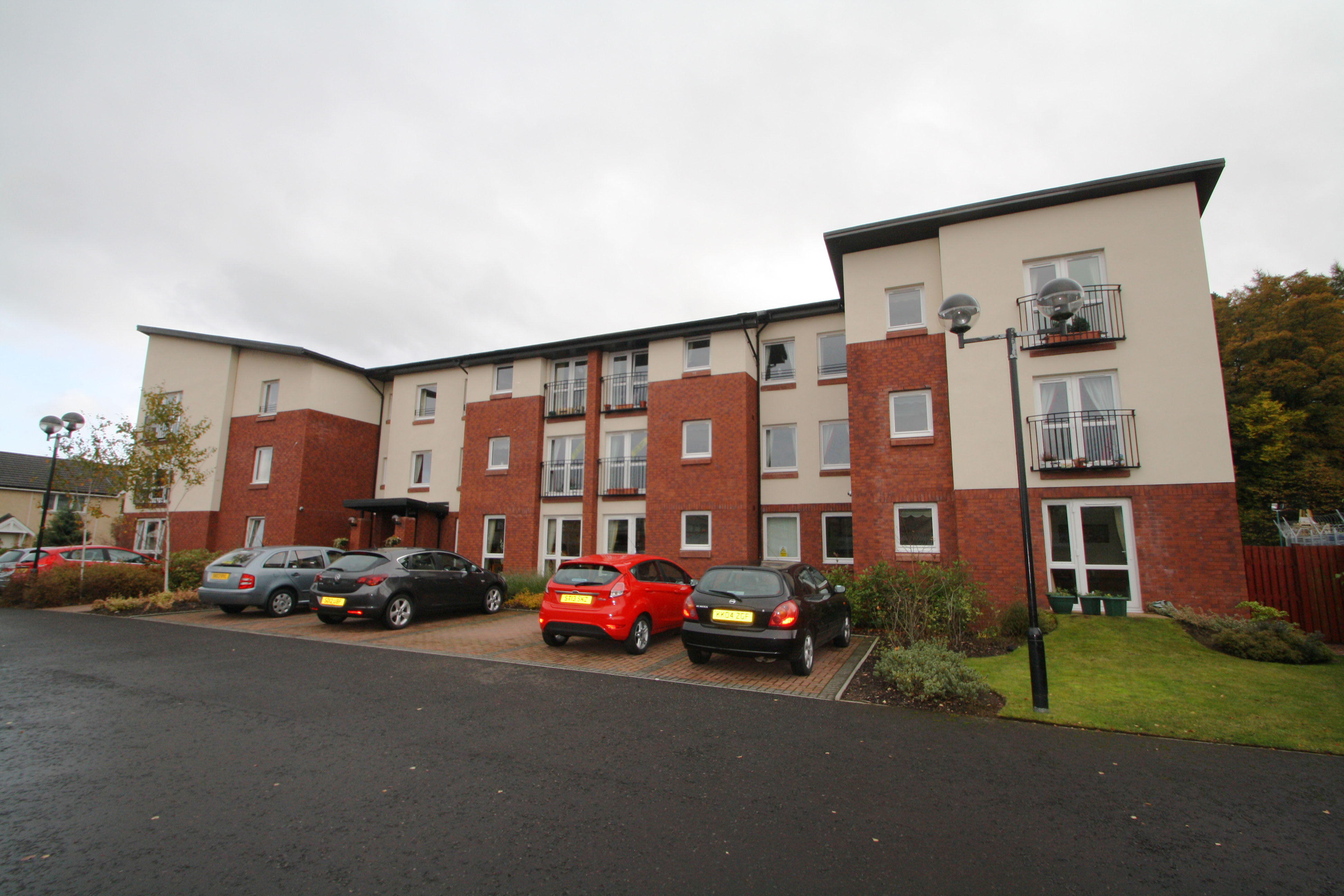 Flat 6 Strathmore Court,Kirkton Place, Forfar, Angus, DD8 2DX