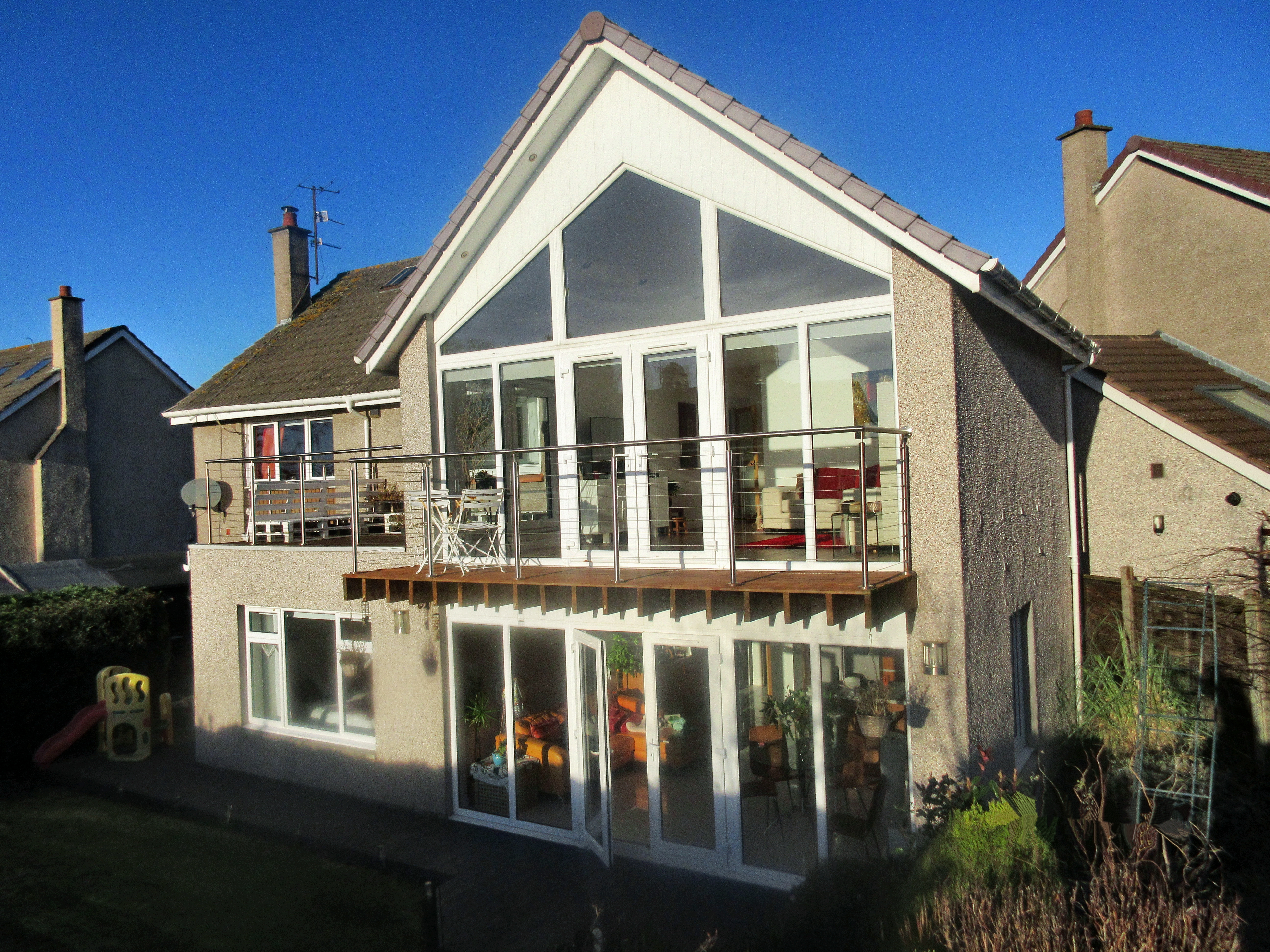 11 Albany Place, Broughty Ferry, Dundee, DD5 1NR